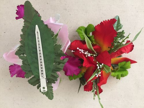 Deluxe triple Cattleya Orchid clip