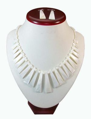 White Shell Necklace & Earring Set